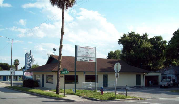 Auction Eustis , FL